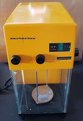Sartorius Werke 2842 Benchtop Precision Lab Balance Scale With Glass Cover