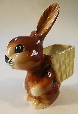 Hase mit Korb Porzellan Osterhase Ostern Osterfest Goebel perfekter Zustand !