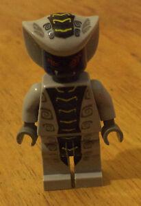 Ninjago Lego minifigure RATTLA GREY BLUE SNAKE  9456 9441 9579