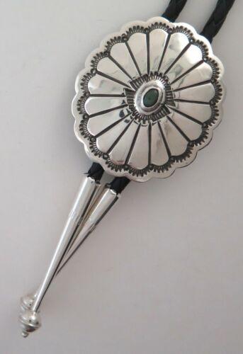 Attractive Sterling Silver Scalloped Concho Style Bolo Tie