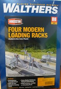 Walthers Cornerstone HO #4037 Four Modern Loading Racks (kit Form)