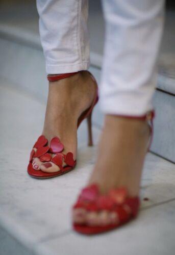 NIB VALENTINO LOVE HEARTS LAMORE RED SANDALS SHOES HEELS 1075 37 7