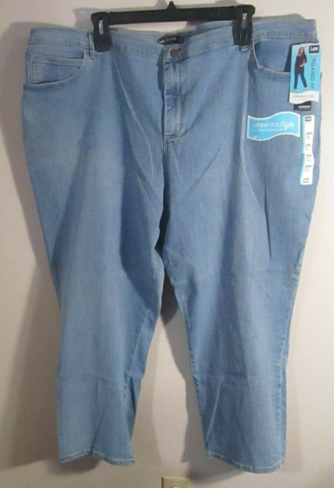 NWT Lee Womens Plus Size Relaxed Fit Straight Leg Jeans 28W