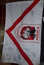 stgeorge irrawarra ; 2010 signed flag Beverley Park Kogarah Area Preview