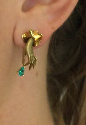Stunning and Rare Authentic Carrera Y Carrera 18k Gold Emerald Hand Earrings