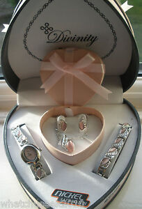 LADIES WATCH GIFT SET BRACELET NECKLACE EARRINGS PENDANT SILVER HEART SHAPE BOX