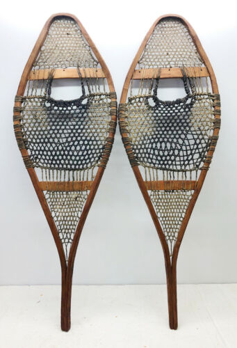 """Old Antique Vintage 14"""" X 42"""" Rustic Snowshoes For Decor or Arts And Craft. F/S"""