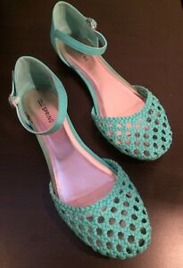 Various Womens Shoes (Size 9) Chaussures femmes (10$-20$)
