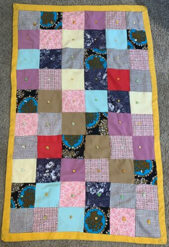 Handmade Vintage Traditional Blocks Small Lap Quilt Wall Hanging Retro