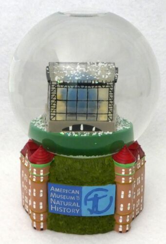 American Museum of Natural History Snow Globe MINT Rare