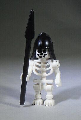 Black Lego Skeleton (LEGO System Warrior Skeleton with Black Helmet and Pike /)