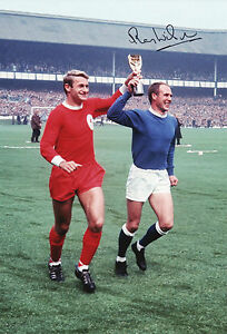 RAY-WILSON-Signed-In-Person-12x8-Photo-EVERTON-1966-WORLD-CUP-Legend-Proof-COA