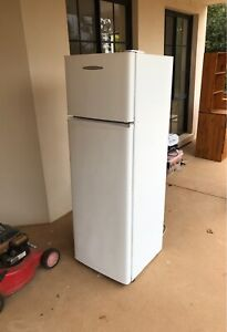 Fridge - Very cheap - Fisher&Paykel Brand - Negotiable
