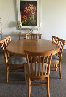 Dining Table 6 Chairs And A Hall