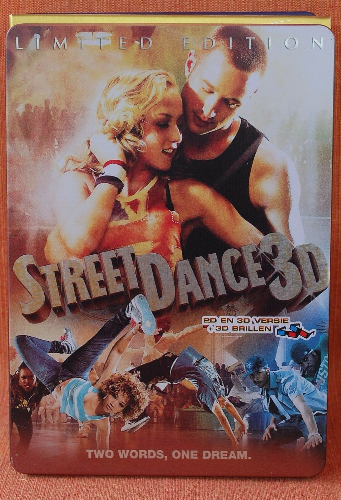 STREETDANCE 3D  -*** METAL CASE LIMITED EDITION + 2 X 3D BRIL ***