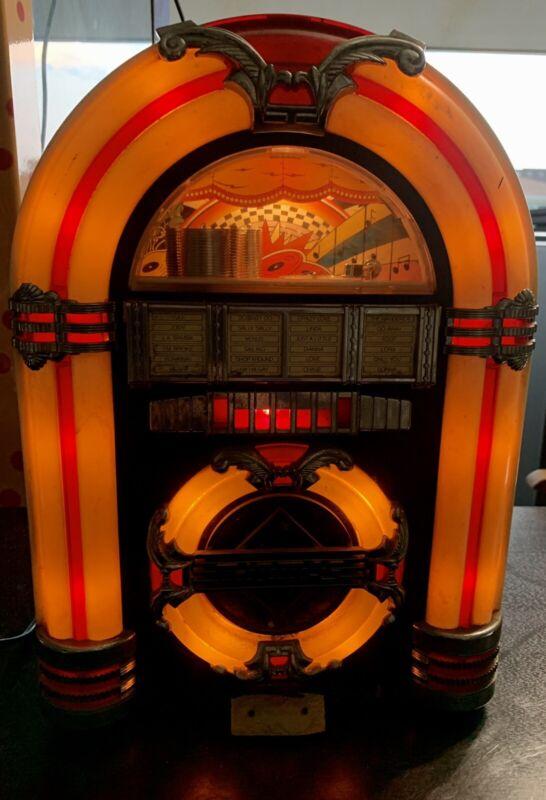 THOMAS COLLECTOR'S EDITION JUKEBOX RADIO-CASSETTE