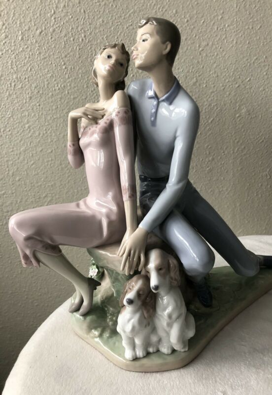 Lladro # 6296 Sweethearts 1996-2000,  Original  box