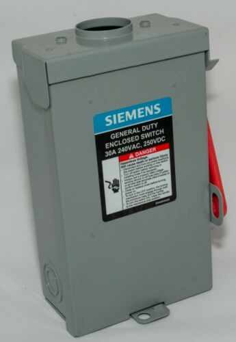Siemens 30 Am 3-Pole 4-Wire 240-Volt Fusible Outdoor Safety Switch (GF321NRA)