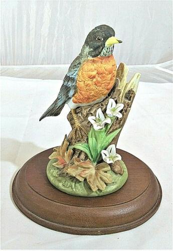 Gorham Gallery Birds, Vignette, Robin Figurine, Walnut Stand, Gift Idea