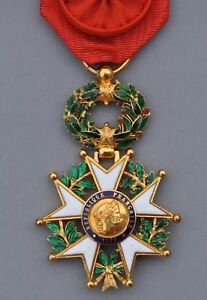 Ordre-de-la-Legion-d-039-Honneur-officier-en-or-III-Republique-modele-de-luxe