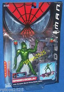 Spiderman-Movie-Green-Goblin-with-Bomb-Pumpkin-Firing-Green-Goblin-Glider-New