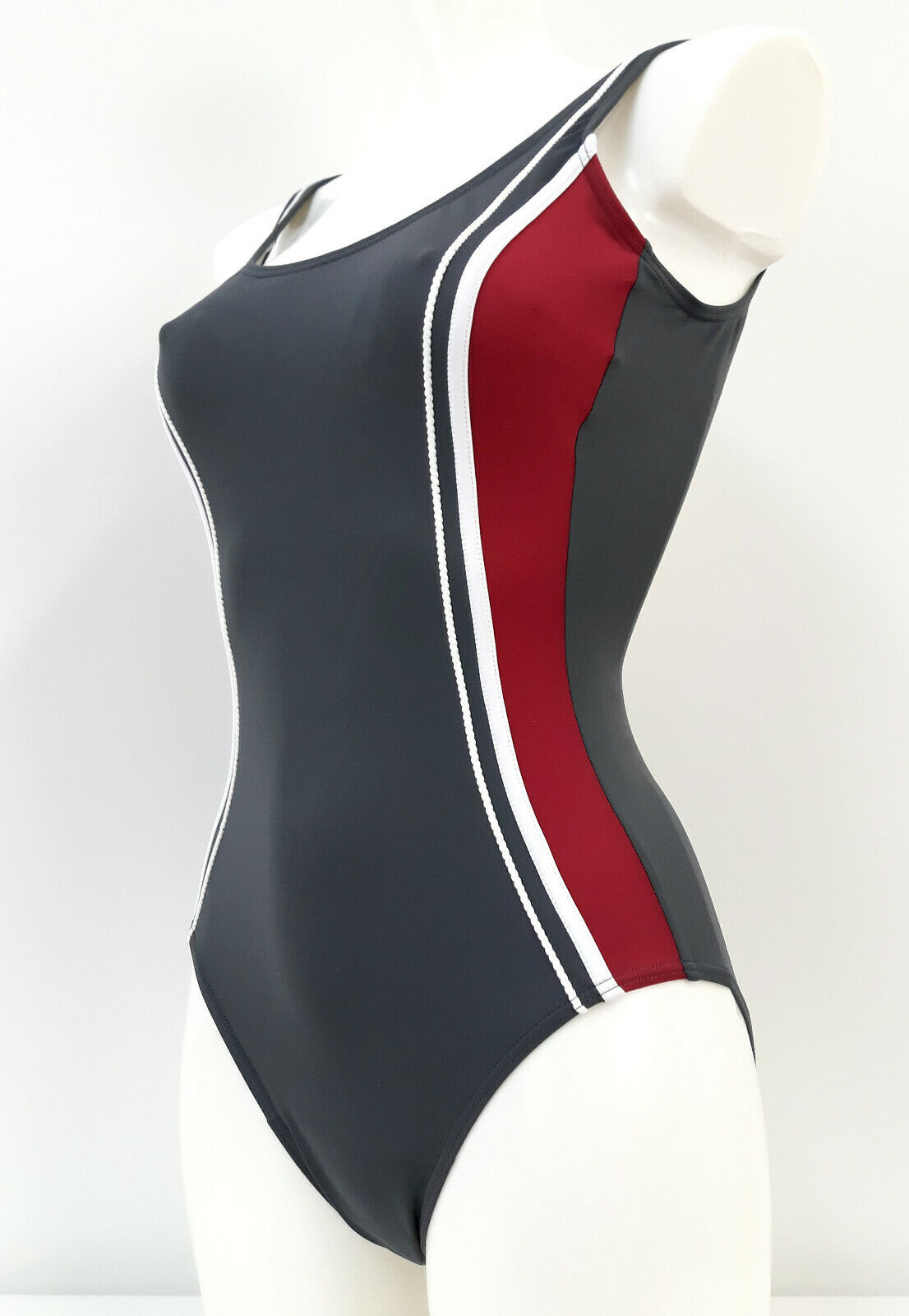 Basic-Line Damen Badeanzug Schwimmanzug figurformend Gr. 38,40,42,44,46,Grau