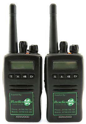 KENWOOD TK3140 UHF 4 WATT WALKIE-TALKIE TWO WAY RADIOS x 2 segunda mano  Embacar hacia Spain