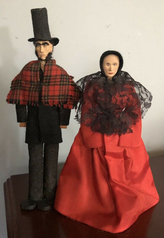 Vintage Artist KENBETH Springfield Peg Dolls Abraham Lincoln and Mary Todd