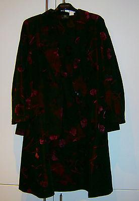 Damen Anzug/Kostüm mit Rock mit einem einzigartigen Farb - Eine Farbe Kostüm