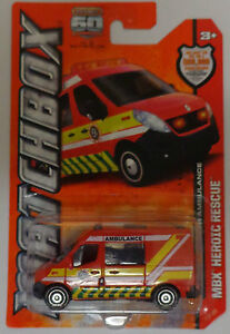 Matchbox 2013 MBX Heroic Rescue Renault Master Ambulance 2/120 (Red Version)
