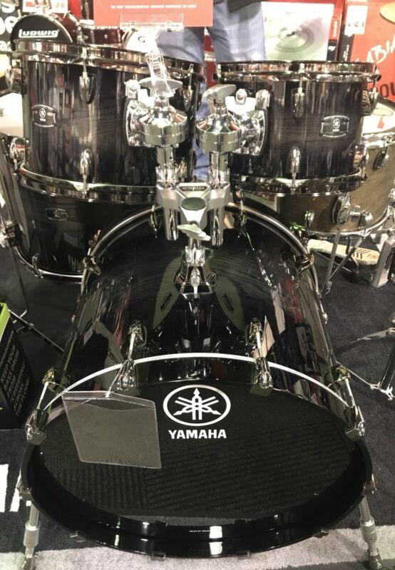 Yamaha Live Custom 5pc. Black Shadow Sunburst w/ matching snare MINT!!