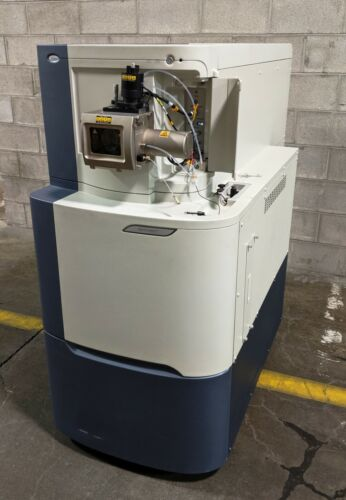 WATERS SYNAPT 8K GEN Mass Spectrometer High Definition, 2008, Powers On