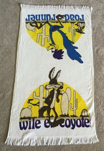 Road Runner Wile E Coyote Bath Size Towel Warner Bros. Looney Tunes Poly Cotton