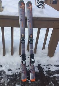 Skis 120 cm and poles