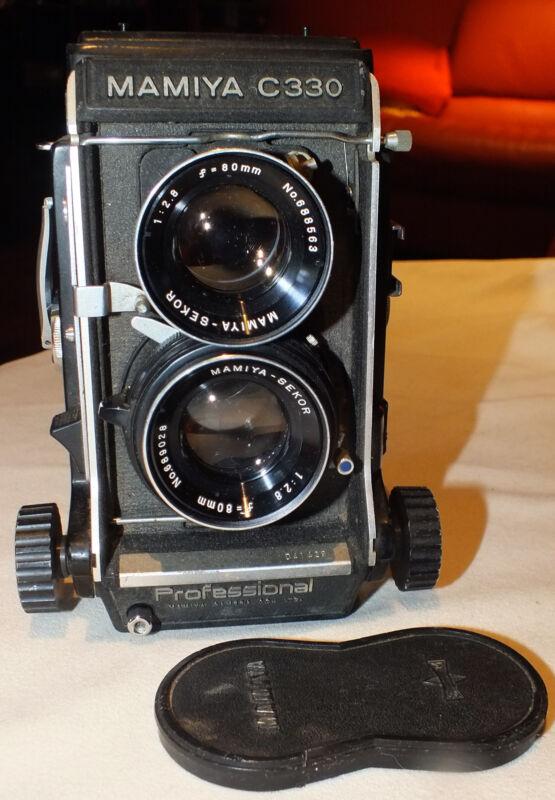 Vintage Mamiya C330 Professional Camera with 80mm 2.8 Lens