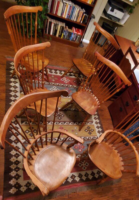 Nichols & Stone Windsor Chair Set