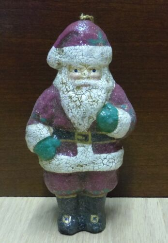 CRACKLED SANTA IN RED SUIT WITH GREEN MITTENS ORNAMENT