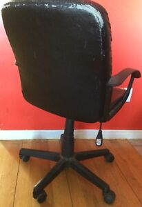 Adjustable wheeled office chair