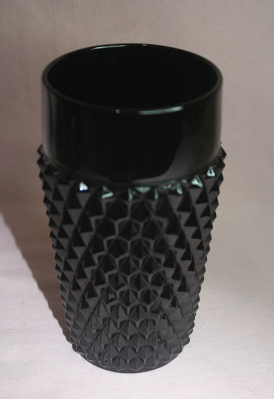VINTAGE COLLECTIBLE  INDIANA GLASS VASE  BLACK DIAMOND POINT TIARA VASE