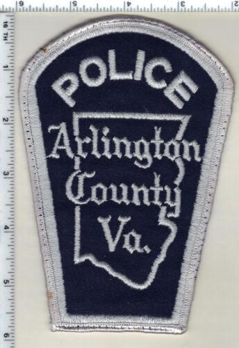 Arlington County Police (Virginia) Uniform Take-Off gray Shoulder Patch 1980