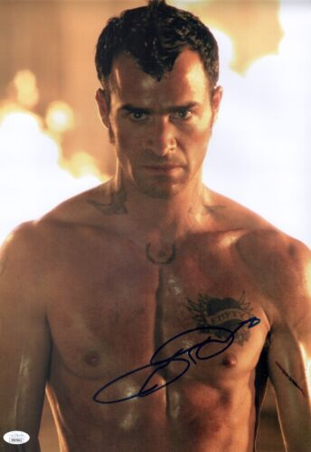 JUSTIN THEROUX Signed CHARLIE'S ANGELS 12x18 Photo In Person AUTOGRAPH JSA COA