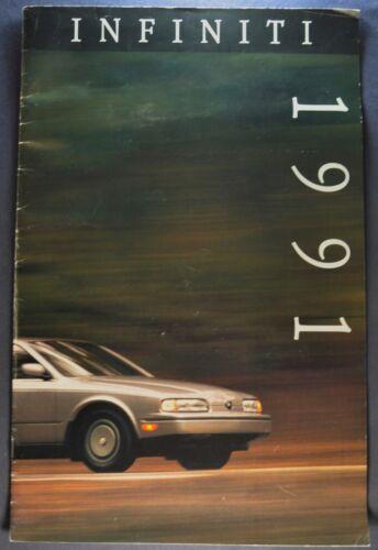 1991 Infiniti M30 & Q45 Large Catalog Sales Brochure Nice Original 91
