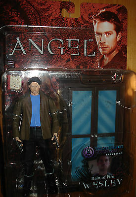 ANGEL WESLEY ACTION FIGURE RAIN OF FIRE DIAMOND SELECT NEW CARDED BTVS BUFFY