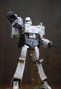 Transformers_G1_Masterpiece_mp36_Megatron