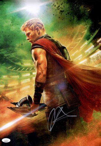 CHRIS HEMSWORTH Signed THOR RAGNAROK 12x18 Photo AVENGERS Autograph JSA COA