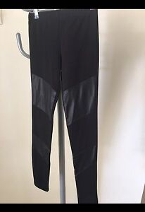END OF WINTER SALE Black Leggings Size XS