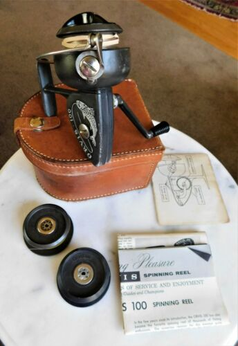 Vintage ORVIS 100 FISHING REEL w/period leather case 2 spare spools & paperwork