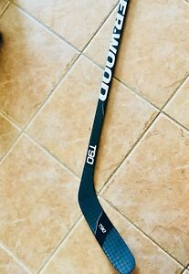 Bâton de hockey Sher-Wood T90 gaucher Neuf
