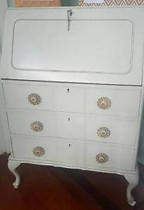 Gorgeous writing bureau Manly West Brisbane South East Preview