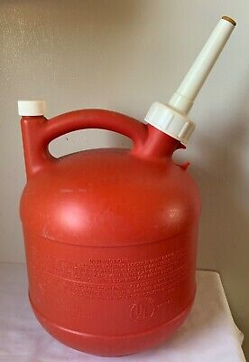 Vintage Eagle 1-14 Gallon Old Type Gas Can Poly Rear Vent Model Pg-1